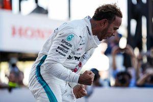 Lewis Hamilton, Mercedes AMG F1, świętuje zwycięstwo