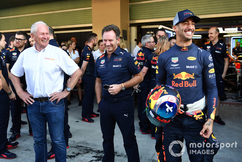 Dr Helmut Marko, Red Bull Motorsport Consultant, Christian Horner, Red Bull Racing Team Principal and Daniel Ricciardo, Red Bull Racing