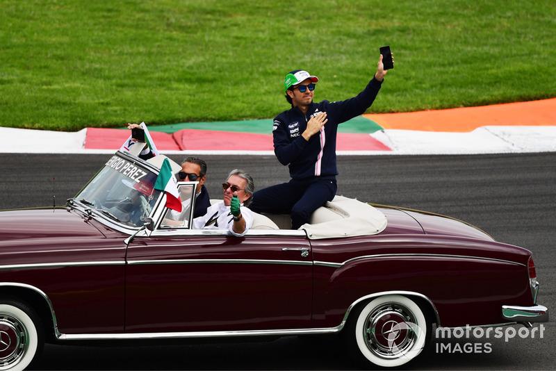 Sergio Perez, Racing Point Force India F1 Team en el desfile de pilotos