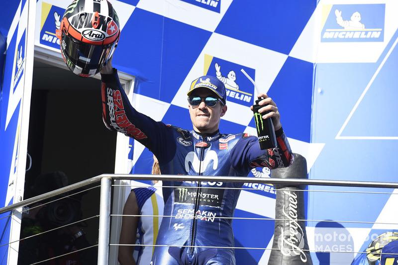 Podio: ganador de la carrera Maverick Viñales, Yamaha Factory Racing