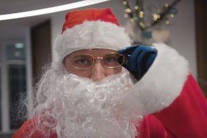 Valtteri Bottas, Mercedes-AMG F1 en Père Noël