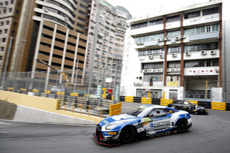 #35 KCMG Nismo GT-R GT3: Oliver Jarvis
