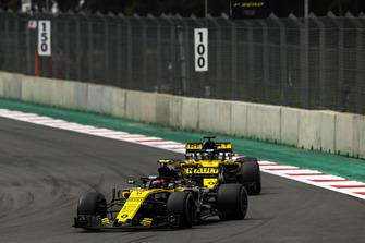 Carlos Sainz Jr., Renault Sport F1 Team R.S. 18, Nico Hulkenberg, Renault Sport F1 Team R.S. 18