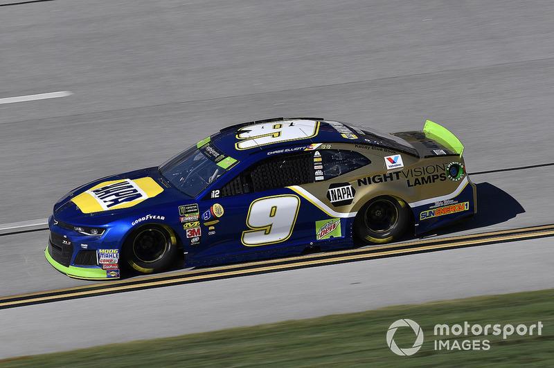 5. Chase Elliott, Hendrick Motorsports, Chevrolet Camaro NAPA NIGHTVISION LAMPS