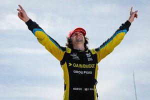 Colton Herta, Andretti Autosport w/ Curb-Agajanian Honda viert overwinning