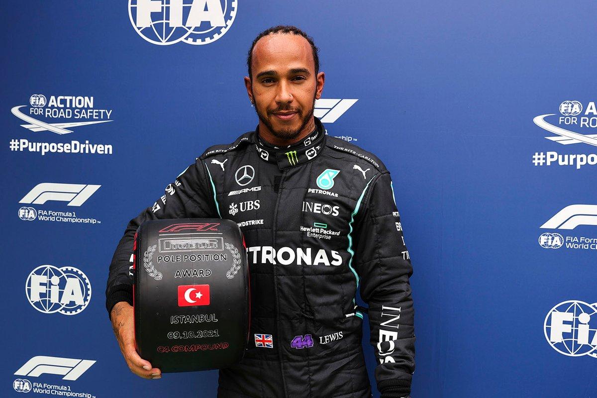 Pole position Lewis Hamilton, Mercedes