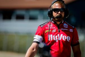 Oliver Askew, Rahal Letterman Lanigan Racing Honda crew member