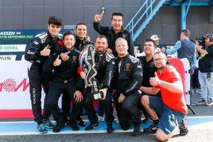 Teamleden van Mirko Bortolotti, T3-Motorsport