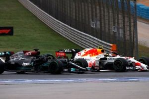 Lewis Hamilton, Mercedes W12, battles with Sergio Perez, Red Bull Racing RB16B