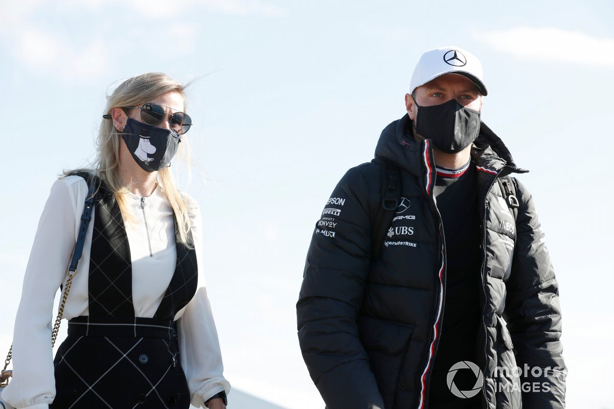 Valtteri Bottas, Mercedes y Tiffany Cromwell
