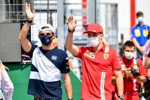 Pierre Gasly, AlphaTauri en Charles Leclerc, Ferrari tijdens de rijdersparade