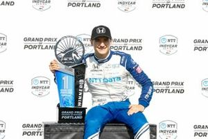 Alex Palou, Chip Ganassi Racing Honda celebrates on the podium