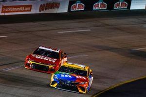 Kyle Busch, Joe Gibbs Racing, Toyota Camry M&M's; Daniel Suarez, TrackHouse Racing, Chevrolet Camaro Good Sam