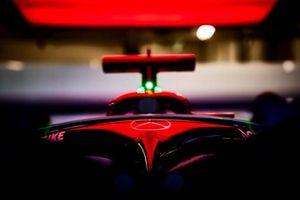 Halo op de Mercedes W12