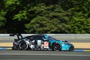 #88 Dempsey-Proton Racing Porsche 911 RSR - 19 LMGTE Am of Julien Andlauer, Dominique Bastien, Lance Arnold