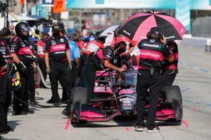 Des membres de l'équipe d'Helio Castroneves, Meyer Shank Racing Honda