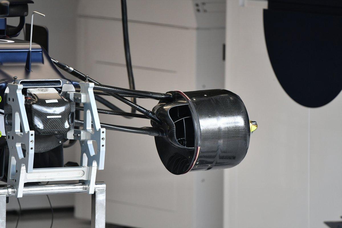 AlphaTauri AT02 brake drum detail