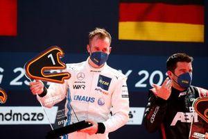 Podium: Race winner Philip Ellis, Mercedes AMG Team Winward