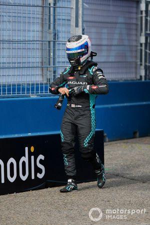Sam Bird, Jaguar Racing, walks back to the garage after crashing out