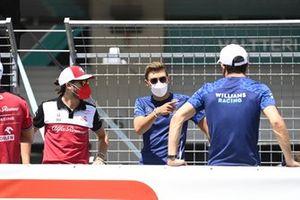 Antonio Giovinazzi, Alfa Romeo Racing, and George Russell, Williams,