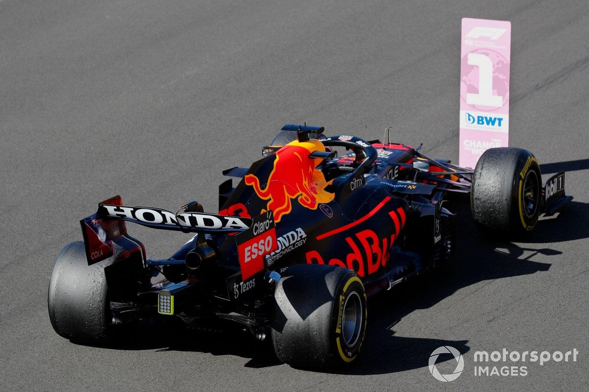 Primer lugar de la carrera Sprint, Max Verstappen, Red Bull Racing RB16B