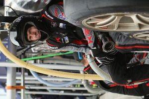 Membre de l'équipe de la #88 Team Hardpoint EBM Porsche 911 GT3R, GTD