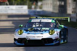 #88 Team Hardpoint EBM Porsche 911 GT3R, Katherine Legge, Rob Ferriol