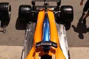 Parte trasera del McLaren MCL35M de Daniel Ricciardo