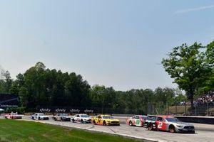 Brad Keselowski, Team Penske, Ford Mustang Snap on and Josh Bilicki, Rick Ware Racing, Ford Mustang