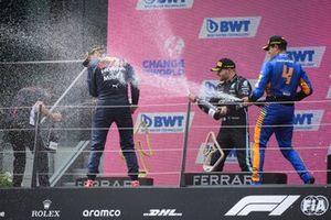 Max Verstappen, Red Bull Racing,Valtteri Bottas, Mercedes W12,Lando Norris, McLaren
