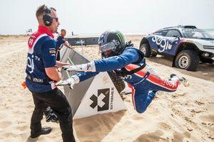 Kyle Leduc, Chip Ganassi Racing, fait un saut après son tour