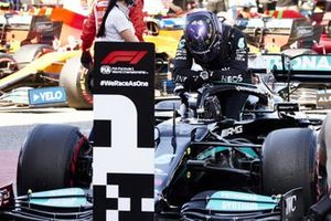 Lewis Hamilton, Mercedes, arrives in Parc Ferme after securing his 100th pole in F1