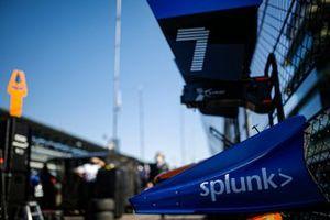Felix Rosenqvist, Arrow McLaren SP Chevrolet, pit equipment