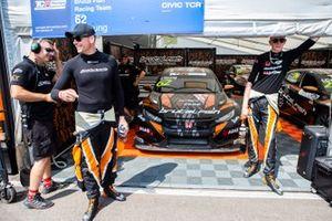 Jack Young, Brutal Fish Racing Team, Honda Civic Type R TCR e Martin Ryba, Brutal Fish Racing Team, Honda Civic Type R TCR