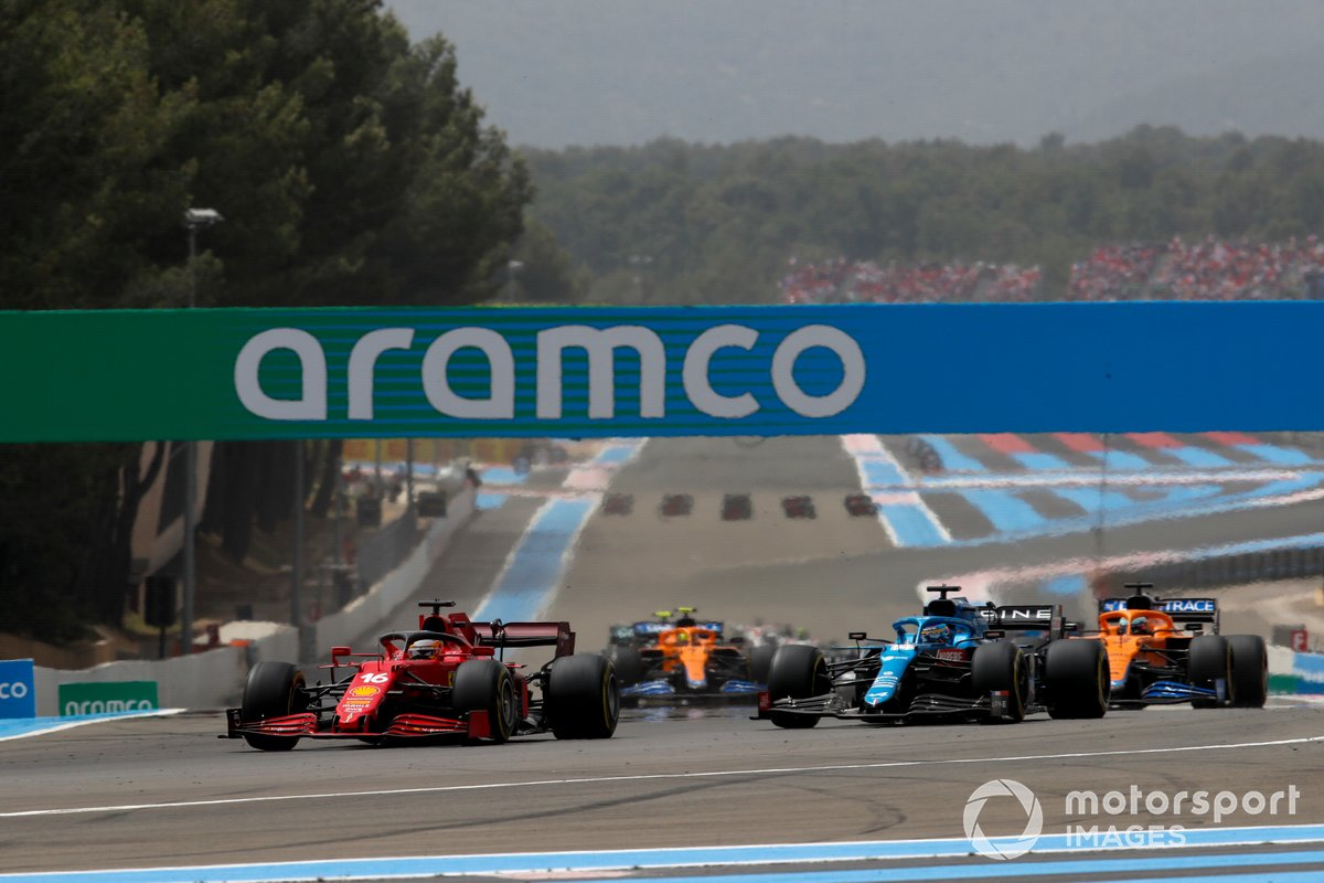 Charles Leclerc, Ferrari SF21, Fernando Alonso, Alpine A521, Daniel Ricciardo, McLaren MCL35M