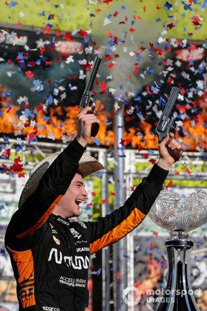 Race winner Patricio O'Ward, Arrow McLaren SP Chevrolet