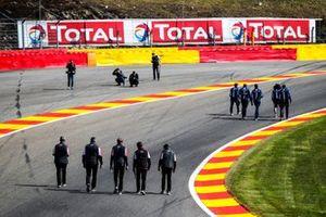 Paseo por la pista de los pilotos