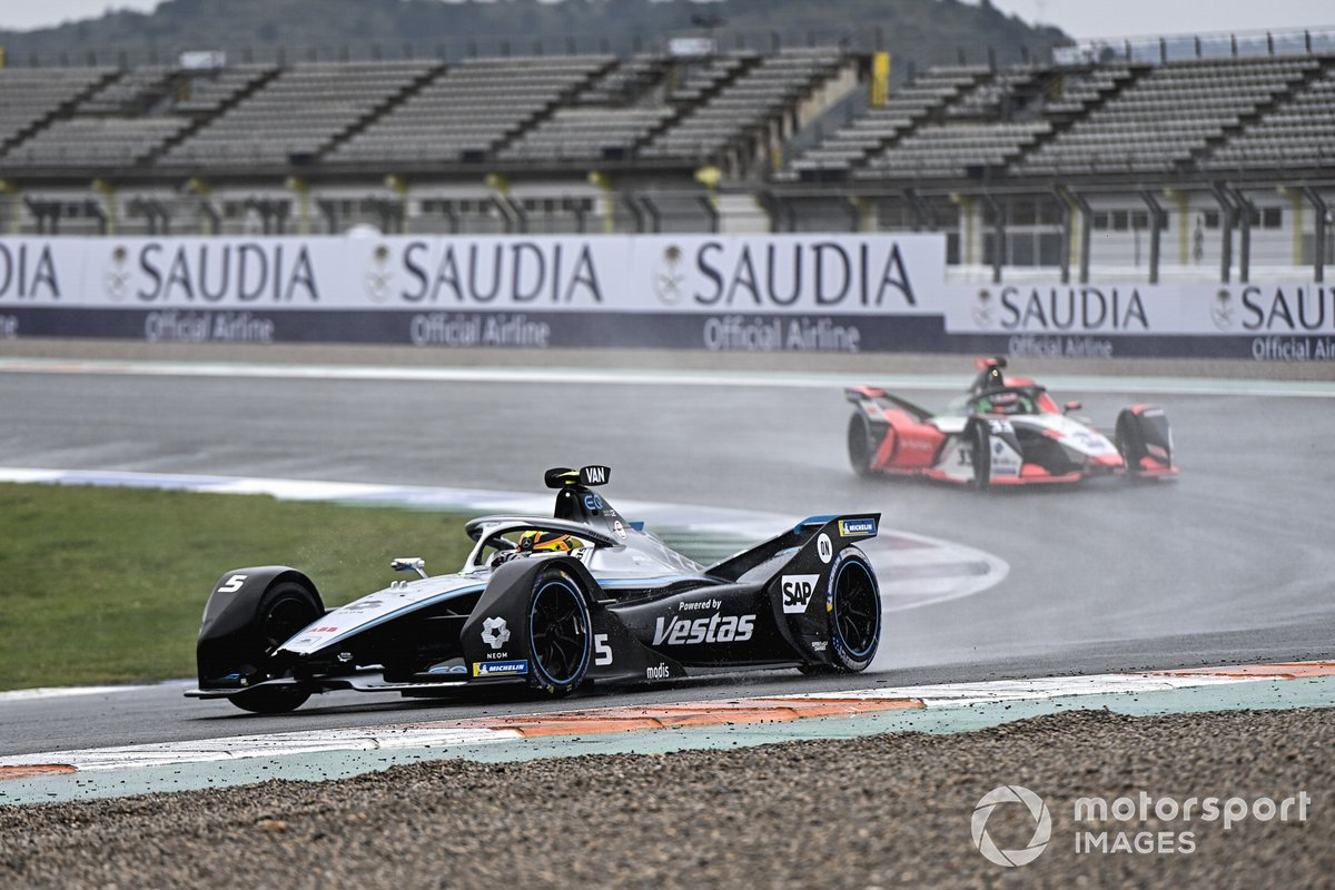 Stoffel Vandoorne, Mercedes-Benz EQ, EQ Silver Arrow 02, Rene Rast, Audi Sport ABT Schaeffler, Audi e-tron FE07