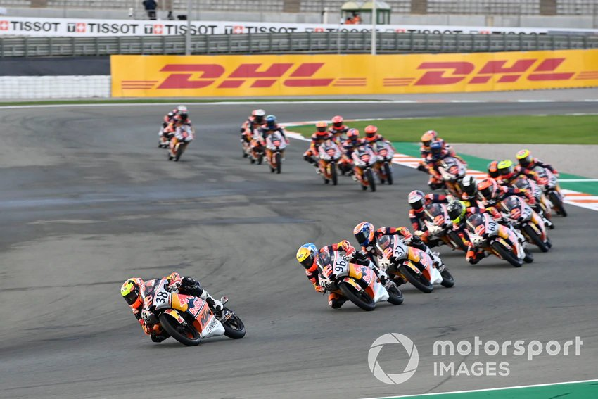 Race 1 Red Bull MotoGP Rookies Cup Valencia