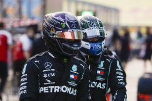 Lewis Hamilton, Mercedes-AMG F1, and Valtteri Bottas, Mercedes-AMG F1, in Parc Ferme after Qualifying