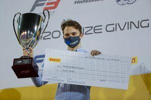 Oscar Piastri, Prema Racing, with his trophy