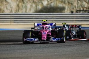 Lance Stroll, Racing Point RP20, Kevin Magnussen, Haas VF-20