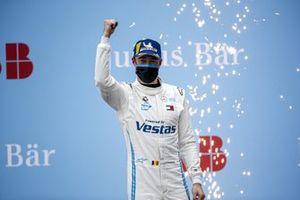 Stoffel Vandoorne, Mercedes-Benz EQ, 1st position