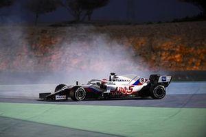 Nikita Mazepin, Haas VF-21, spins