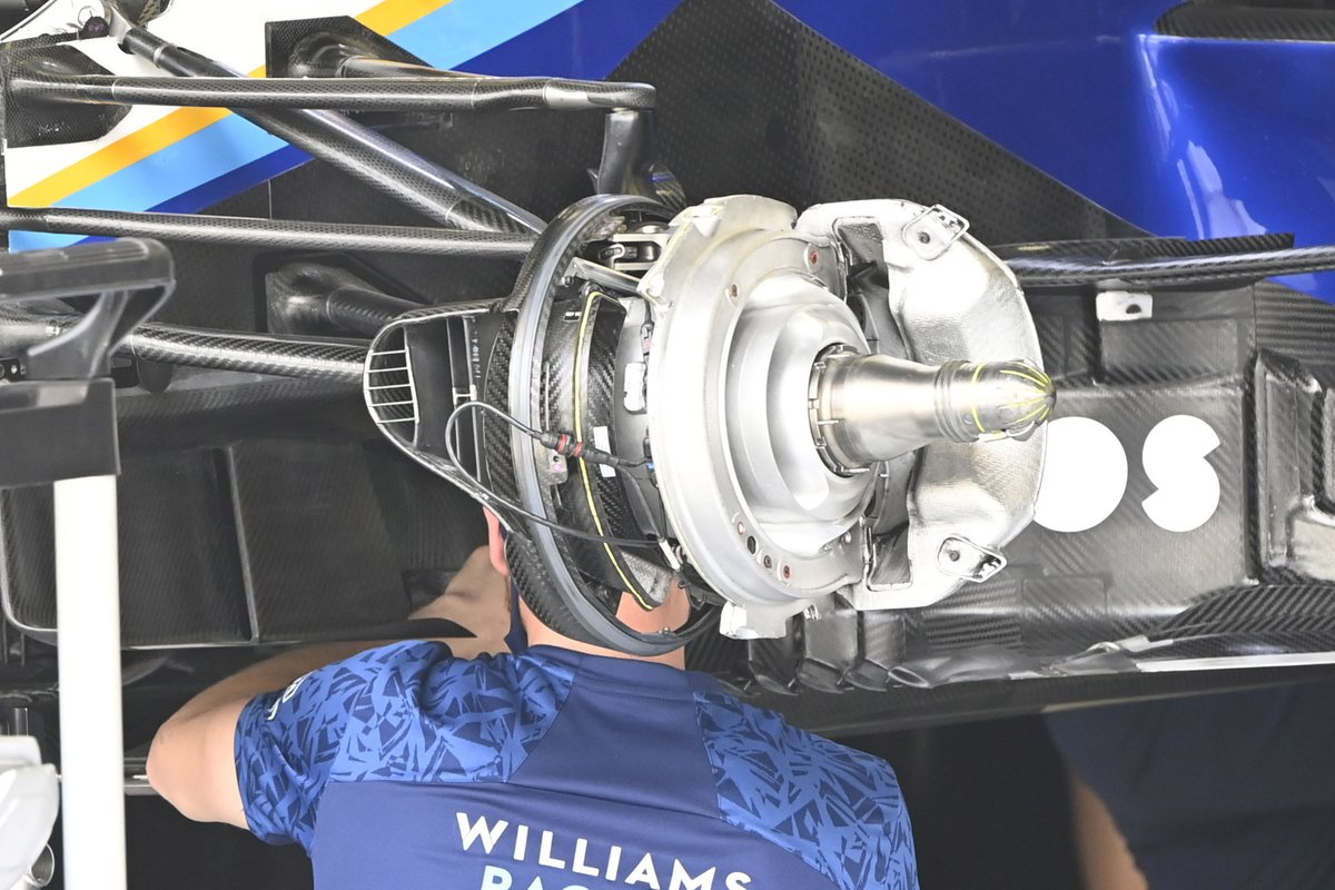Detalle del conjunto de freno del Williams FW43B