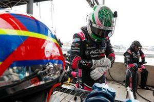 #60 Meyer Shank Racing w/Curb-Agajanian Acura DPi: Dane Cameron