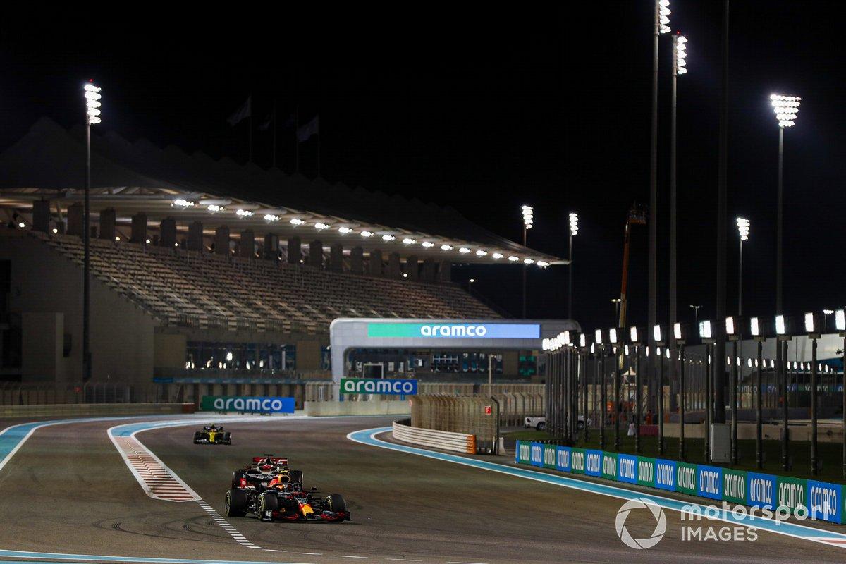 Alex Albon, Red Bull Racing RB16, Pietro Fittipaldi, Haas F1 Haas VF-20, Esteban Ocon, Renault F1 Team R.S.20