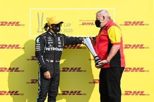 Lewis Hamilton, Mercedes-AMG F1 recevies the DHL Fastest Lap award from DHL