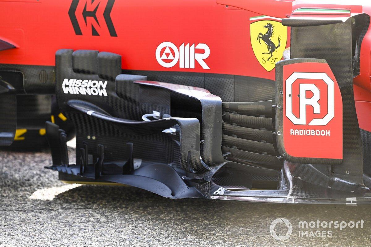 Detalle de los pontones del Ferrari SF21