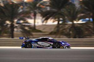 #33 2 Seas Motorsport, McLaren 720S GT3: Isa Bin Abdullah Alkhalifa, Ben Barnicoat, Martin Kodric